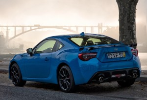 GT86BlackTouchEdition_LRR