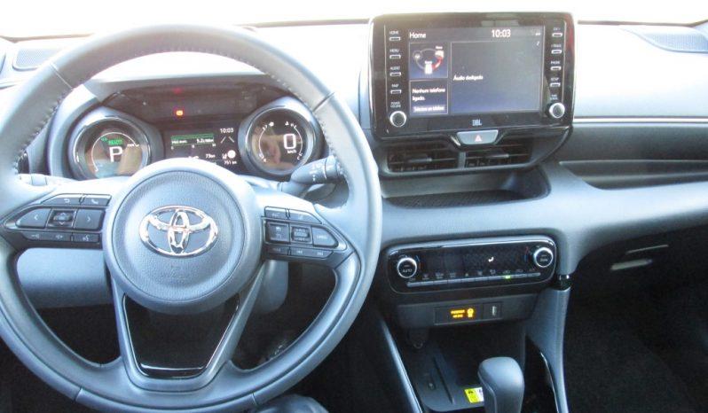 Toyota Yaris NG 1.5 Hybrid Premier Edition completo